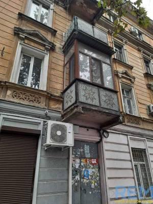 3-комн., 97 кв. м., Богдана Хмельницкого, Центр, Одесса, Приморский район