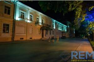 Здание, Приморский бульвар, 1468 кв. м., Центр, Одесса, Приморский район