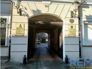 Офис, Нечипуренко пер, 123 кв. м., Центр, Одесса, Приморский район