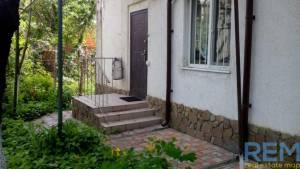 Дом, Фонтан, 10-комн., 227 кв. м., Бернардации (Красных Зорь), Одесса, Приморский район