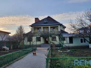 Дом, Фонтан, 4-комн., 194 кв. м., Бригадная, Одесса, Приморский район